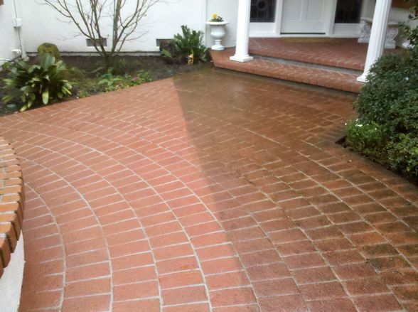 brick and paver cleaning and sealing